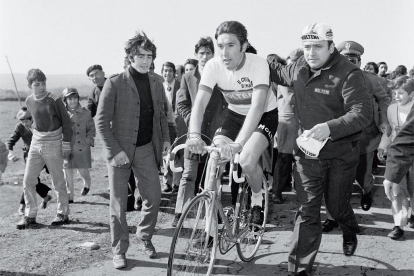 merckx-wins-1971-sanremo-on-colnago